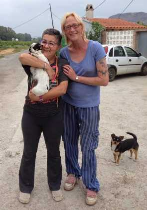 romana the foster home saying goodbye to Chica